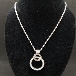 Mary Kay double circle crystal necklace